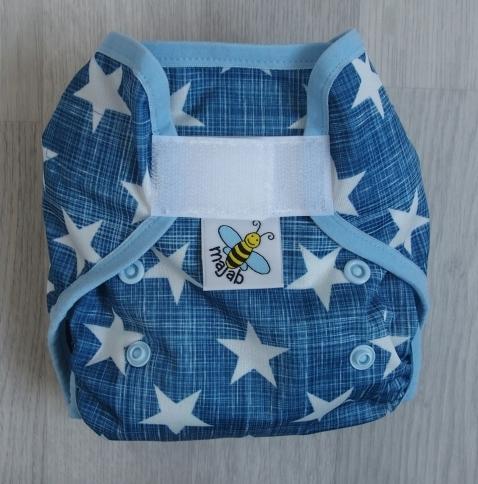 Novorozenecké svrchní PUL kalhotky Majab na suchý zip - Hvězdy na modré (Novorozenecké svrchní PUL kalhotky)