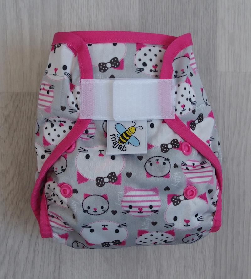 Novorozenecké svrchní PUL kalhotky Majab na suchý zip - Kitty (Novorozenecké svrchní PUL kalhotky)