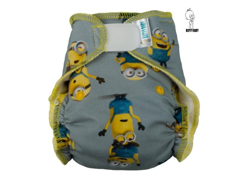 Novorozenecká kalhotová plena Katyv Baby na suchý zip - Mimoňi na šedé (Novorozenecká plena Katyv Baby)